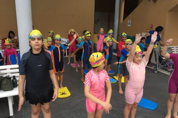 warm ups for group swimming lessons for children singapore
